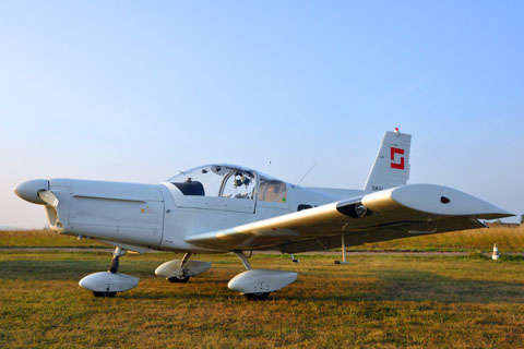 Acrobatic - Zlin 142
