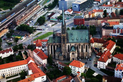Moravská metropole jako na dlani - Vyhlídkový let nad Brnem