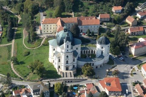 Hrady, zámky a okouzlující příroda  - Vyhlídkový let nad Moravským krasem